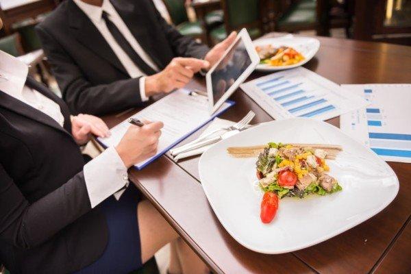 Lavoro: come funziona il rimborso spese dei dipendenti