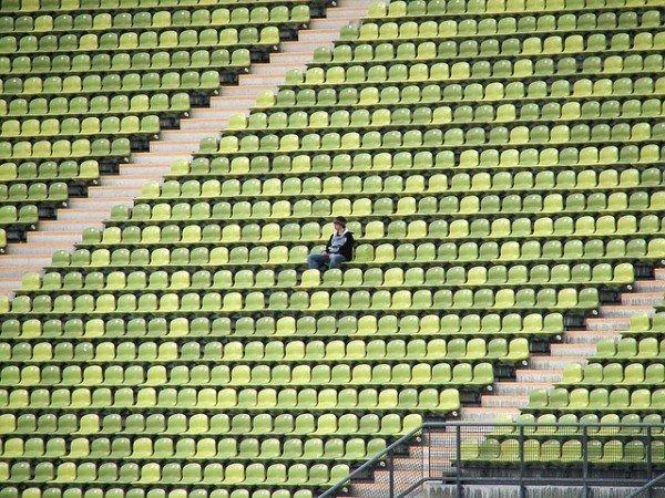 Stadio: entrare in un settore diverso dal proprio biglietto è reato