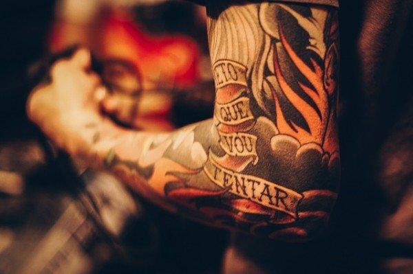 Colori per tatuaggi, attenzione a quelli pericolosi