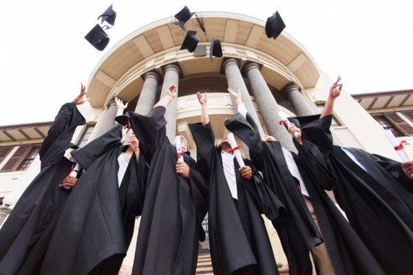 Università gratis con reddito basso ed esami in regola