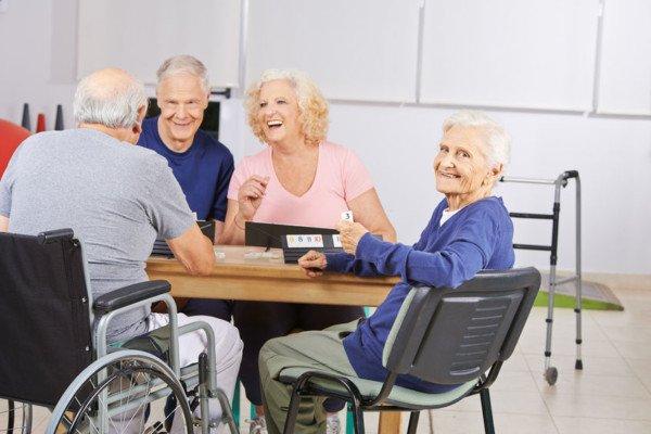 Assistenza anziani: cosa fare e dove andare