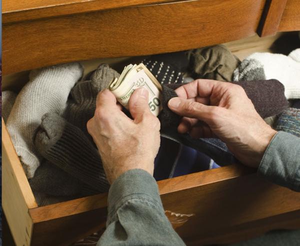 Prelievi e versamenti di contanti subito segnalati