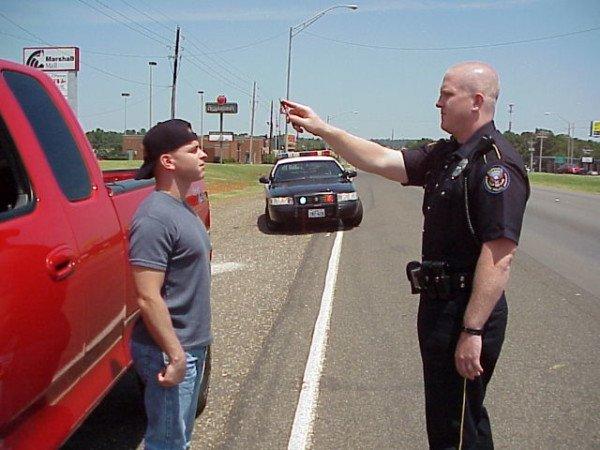 Bloccati per un controllo dalle forze dell'ordine: si può essere risarciti?
