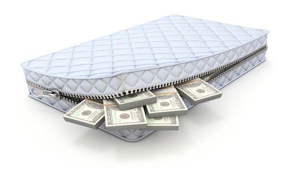 Pensioni pagate in più da restituire, migliaia di pensionati a rischio