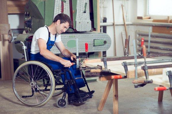 Pensione d'invalidità specifica, quando si riduce?