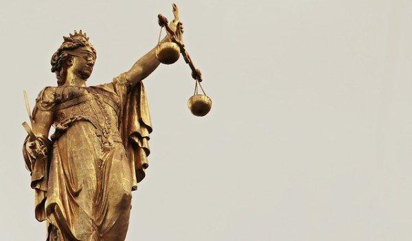 Perché la giustizia è bendata?