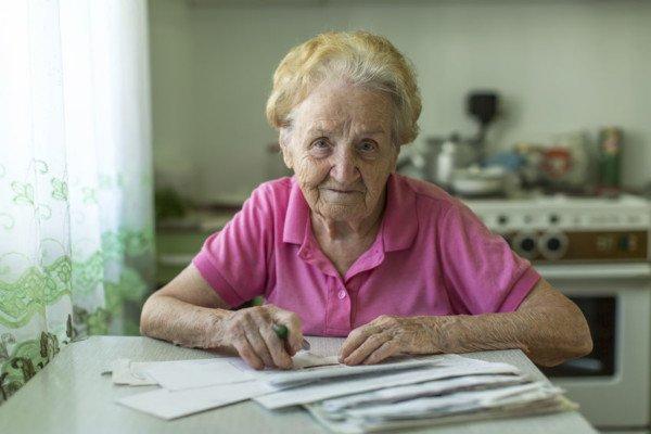 Incassare la pensione dopo la morte: come comportarsi?