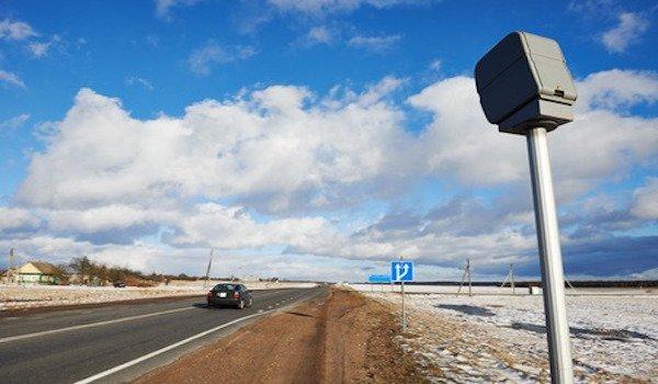 Multa autovelox: come fare ricorso se l'auto non viene fermata