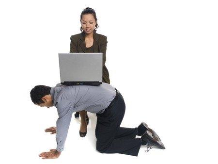 Se l'azienda non fa lavorare un dipendente è responsabile?
