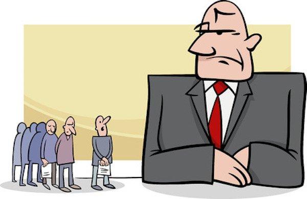 L'azienda deve pagare prima le tasse o lo stipendio ai dipendenti?