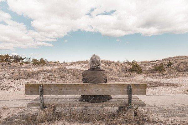 Pensione sociale e trasferimento all'estero: cosa mi spetta