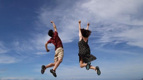 Concorsi: no ai limiti di altezza uguali per uomo e donna