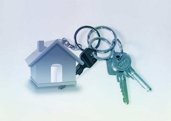 La moglie cambia le chiavi di casa: addio mantenimento