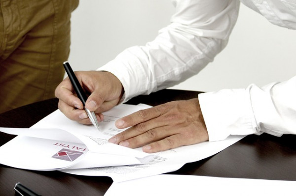 Firma falsificata: cosa rischio?