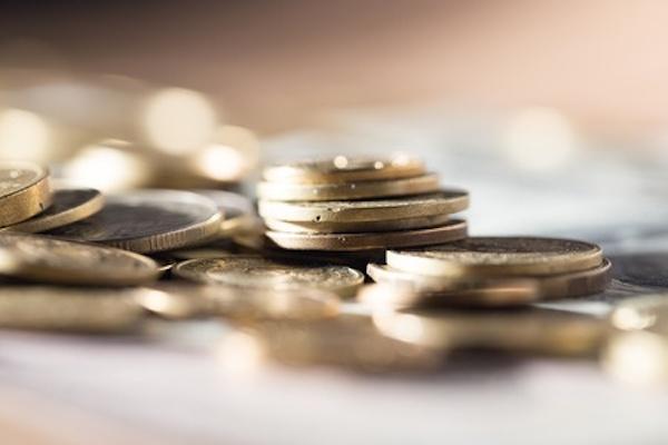 Cosa rischia chi spende più di quanto guadagna?
