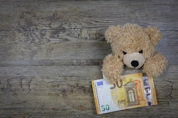 Posso pagare lo stipendio in contanti?