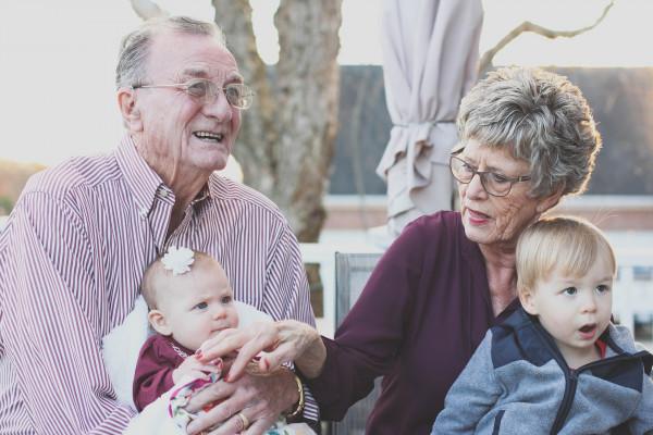 I nonni hanno diritto di vedere i nipoti?
