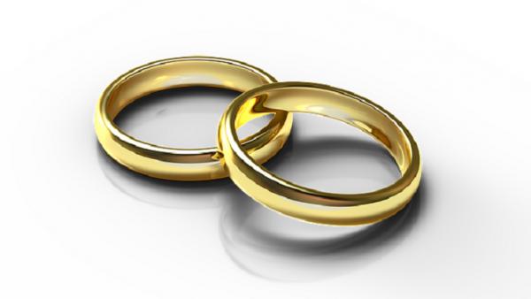 Regalo nozze: contanti, assegno o bonifico?