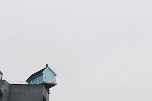 Casa in costruzione: la fideiussione è obbligatoria?