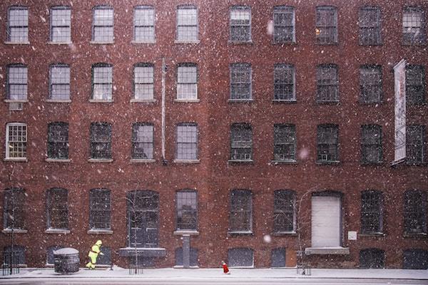 Neve e ghiaccio in condominio: quando chiedere i danni