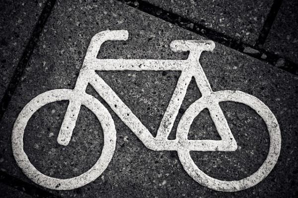 Se un ciclista investe un pedone che rischia?