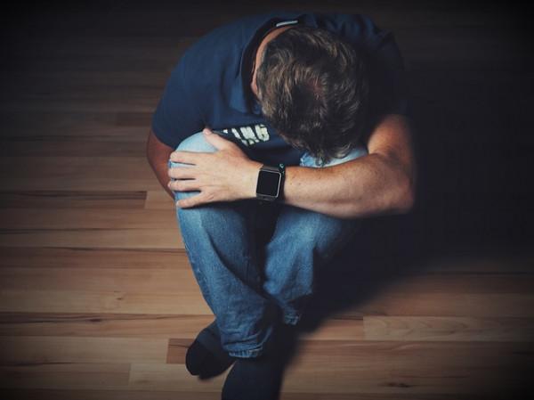 Violenza sessuale su uomini: è reato?