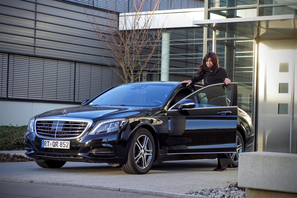 Acquisto auto all'estero: obbligo di comunicazione