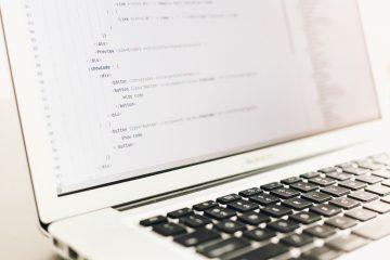 Dipendente sostituito da software: come impugnare il licenziamento
