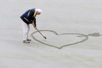 Contributi per assistenza anziani non autosufficienti