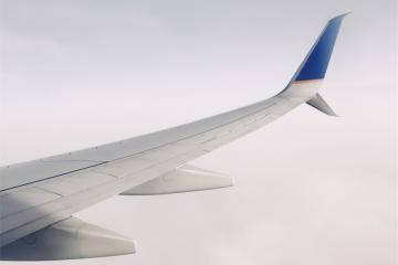 Bagagli in aereo danneggiati: risarcimento