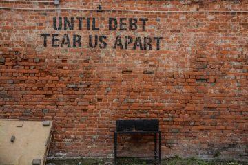 Come togliersi un debito: 5 scorciatoie