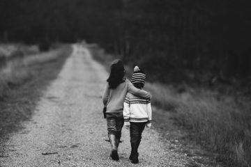 Fuga d'amore con minore: è reato?