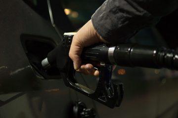 Scheda carburante fino al 2019 ma con pagamenti tracciabili