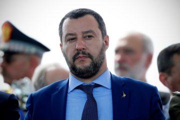 Salvini a Palazzo Chigi da Conte