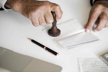 Sono in pensione posso buttare le buste paga?