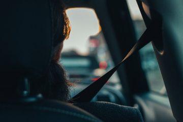 Cintura di sicurezza alla guida: quando non è obbligatorio utilizzarla