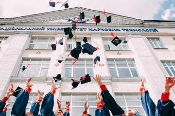 Tasse universitarie: chi è esonerato?