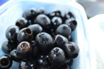 Ricetta: come fare le olive nere al forno