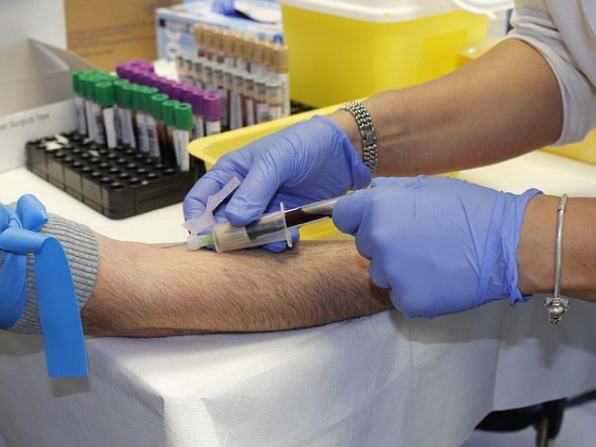 sono esami del sangue prelevati da vene o arterie