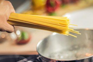 Come cucinare spaghetti per oltre 12 persone