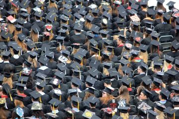 Università: chi ha diritto alla borsa di studio?