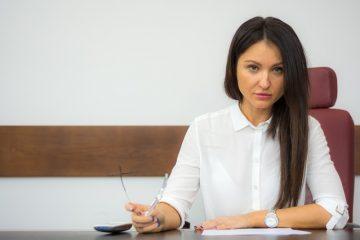 Cambiare continuamente avvocato: cosa si rischia