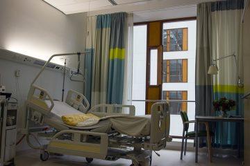 Casa di cura dimette malato: che fare?