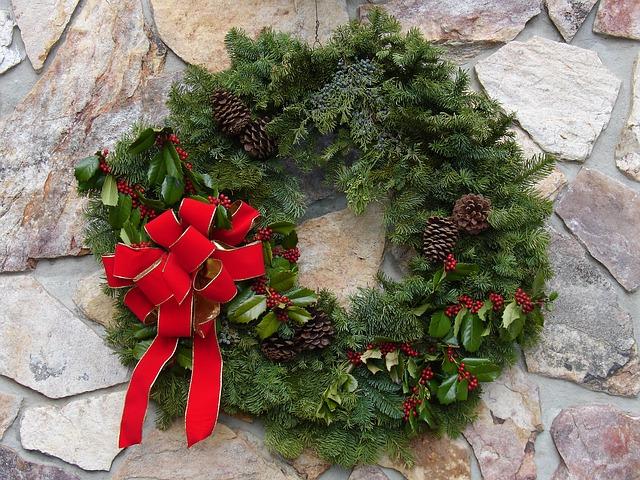 Decorazioni Natalizie Con Foglie Di Magnolia.Come Realizzare Decorazioni Di Natale