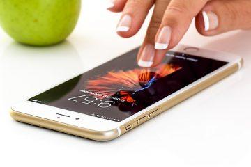 Uso del telefono aziendale per motivi personali: cosa si rischia?
