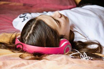 Cosa succede se ascolto la musica mentre dormo?