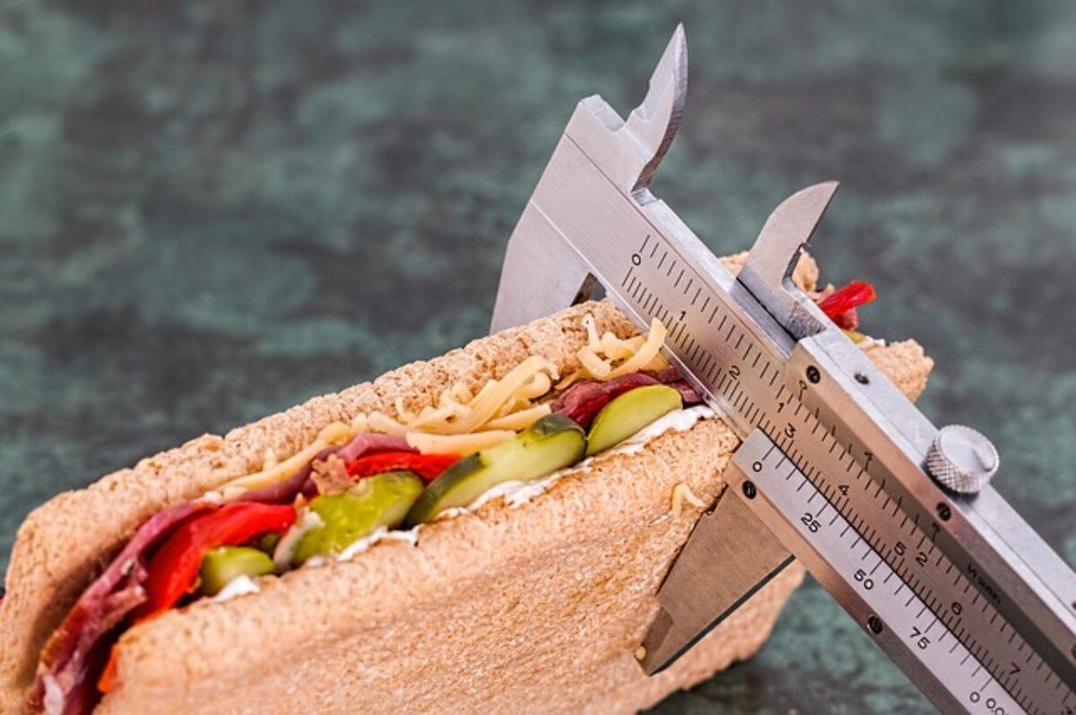 smesso di mangiare dolci perdere peso