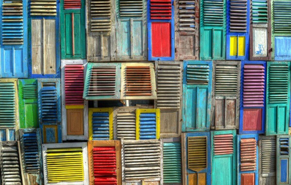 Cambiare Colore Infissi Alluminio cambiare imposte e persiane di casa: regole