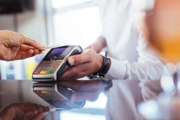 Come pagare con Postepay online e in negozio