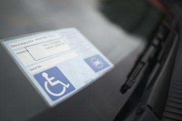 Disabili: diritto al parcheggio in condominio